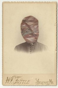 Tom Butler | Leb | 2013 | Gouache on Albumen print | 16.5×10.5cm
