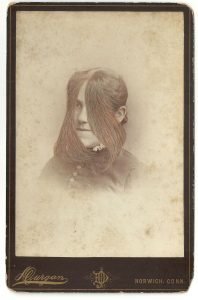 Tom Butler | Durgan | 2014 | Gouache on Albumen print | 16.5×10.5cm