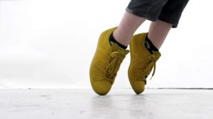Claire Undy | Shoes | 2016 | Performance Video (7m, ed.3) | Dimensions variable
