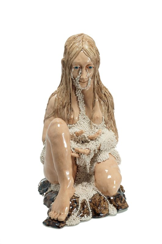 Carolein Smit | Pearls | 2009 | Ceramic sculpture | 56(h)x36(w)x46(d)cm