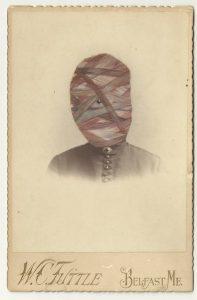 Tom Butler | Leb | 2013 | Gouache on Albumen print | 16.5×10.5cm