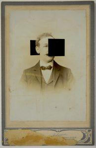 Tom Butler | Robinson | 2015 | Gouache on albumen print | 16.5×10.5cm