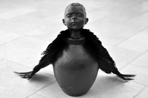 Wendy Mayer | Little Bird | 2016 | Ceramic, papier mâché, wax, feathers | 68x45x31cm