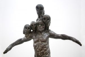 Beth Carter | The Watchman | Bronze with steel base | 78x69x28cm | ed. 10 (Detail)