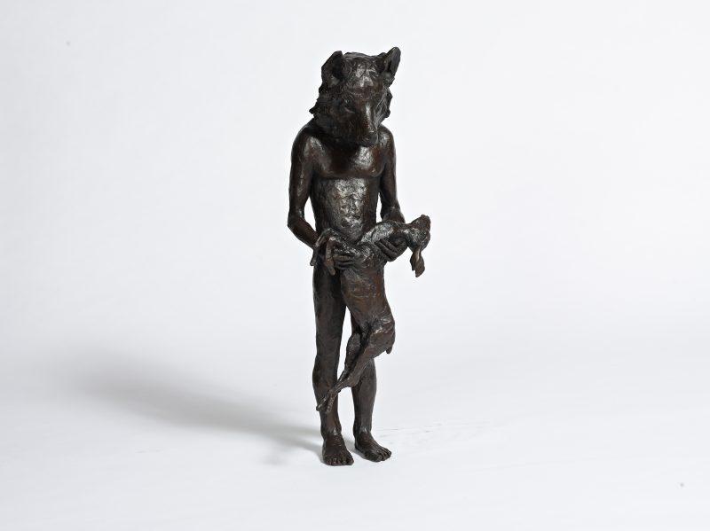 Beth Carter   Wolf with Deer   Bronze   71x28x23cm   ed. 15